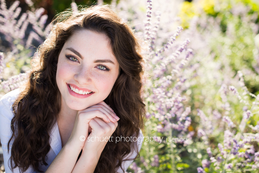 Outdoor Natural light flowers senior photography in Wisconsin