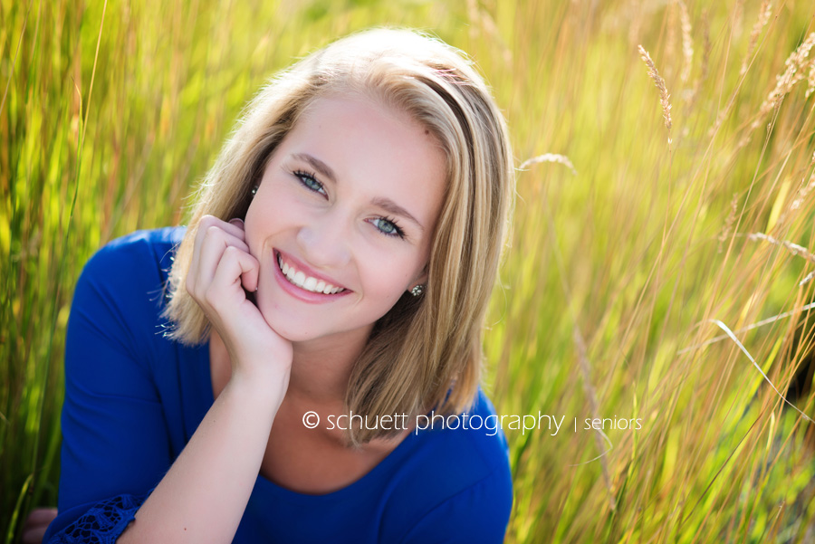 Milwaukee senior pictures outdoor natural light bright colors