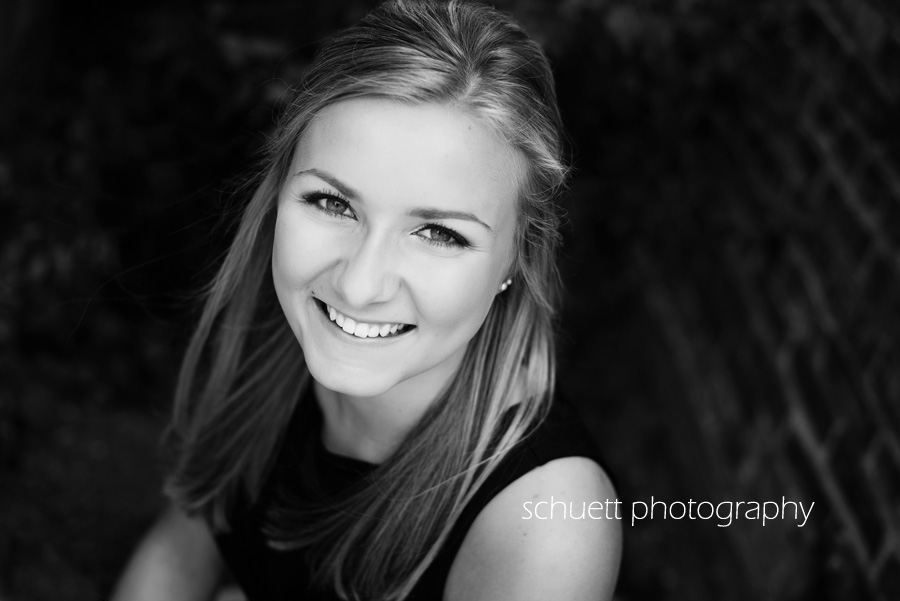 black and white senior photography in germantown milwaukee mequon shorewood