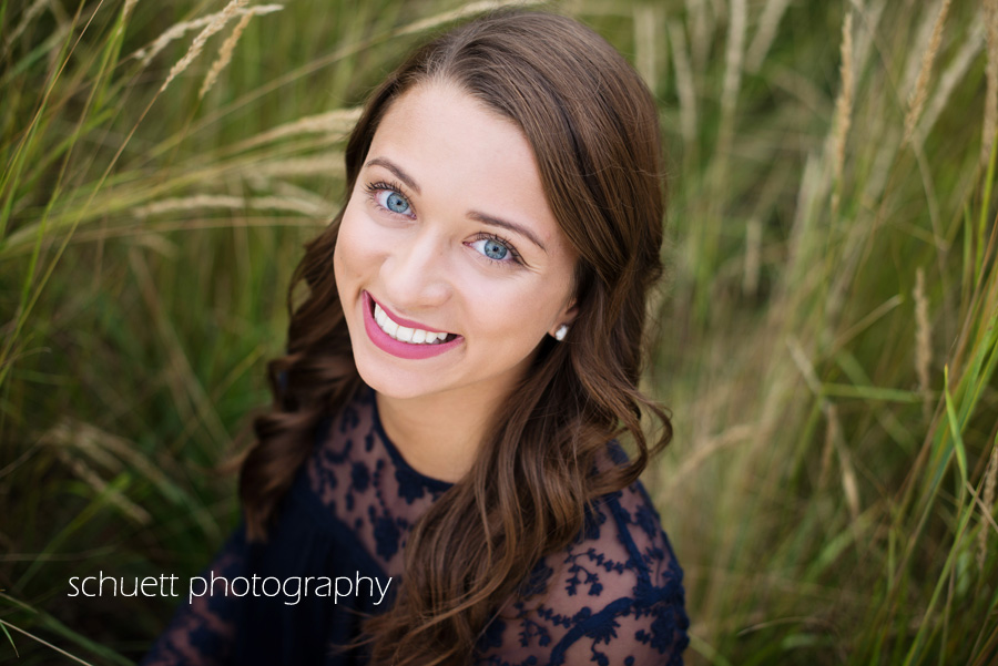 natural beautiful senior photography brookfield milwaukee wisconsin